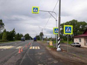 Г-образная опора для дорожных знаков